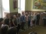 Zpívání pěveckého sboru 1. stupně na Vánočním jarmarku.
